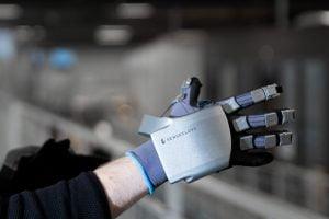 SenseGlove-Nova VR перчатки с тактильной отдачей